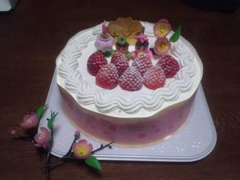 ひな祭りケーキ.JPG