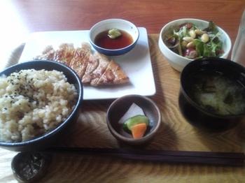 山ゆり豚のロースステーキ.JPG